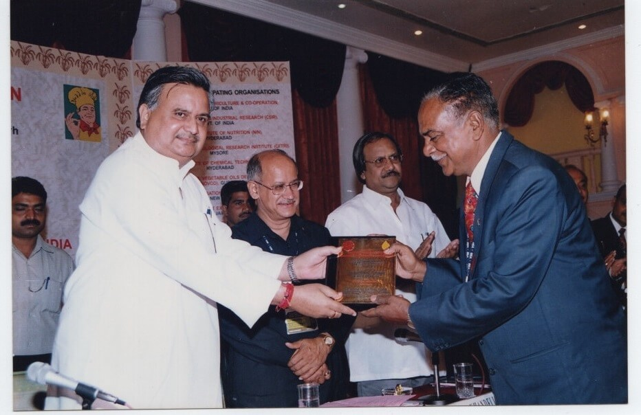 July 2004, Founder of Kamal Solvent, Mr. D D Mundra awarded by Hon'ble Chief Minister of Chhattisgarh Dr. Rman Singh.